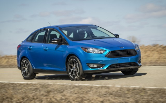 2015_ford_focus_sedan