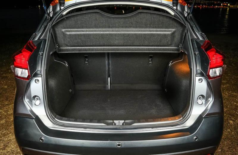 ниссан кикс 2016 багажник